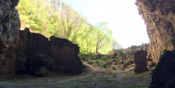 The big cave in Osp